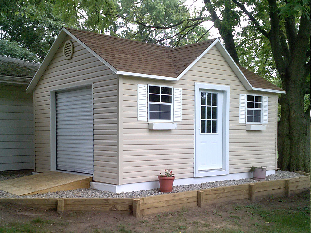 Doll House storage building by Martin's Mini Barns