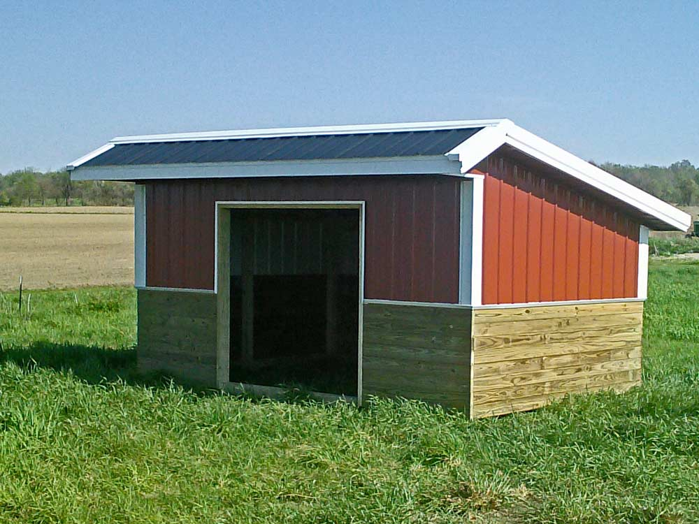 Garden Barn - Provide shade and a place to keep things dry for your animals in the field with this custom Mini Barn from Martin's Mini Barns