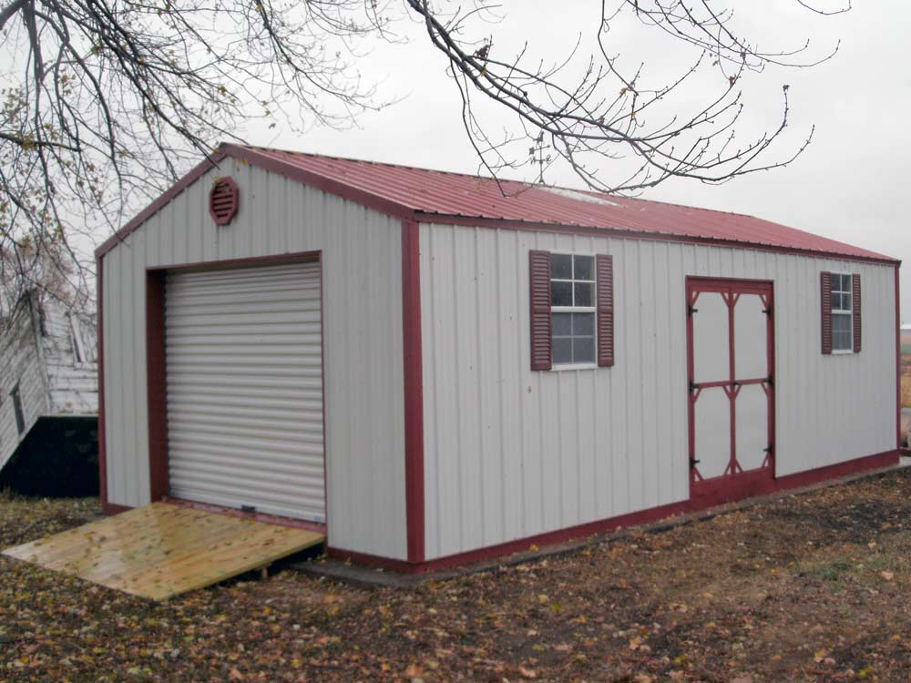 Mini Garage. Store your lawn equipment and more in your cutom Mini Barn built by Martin's Mini Barns