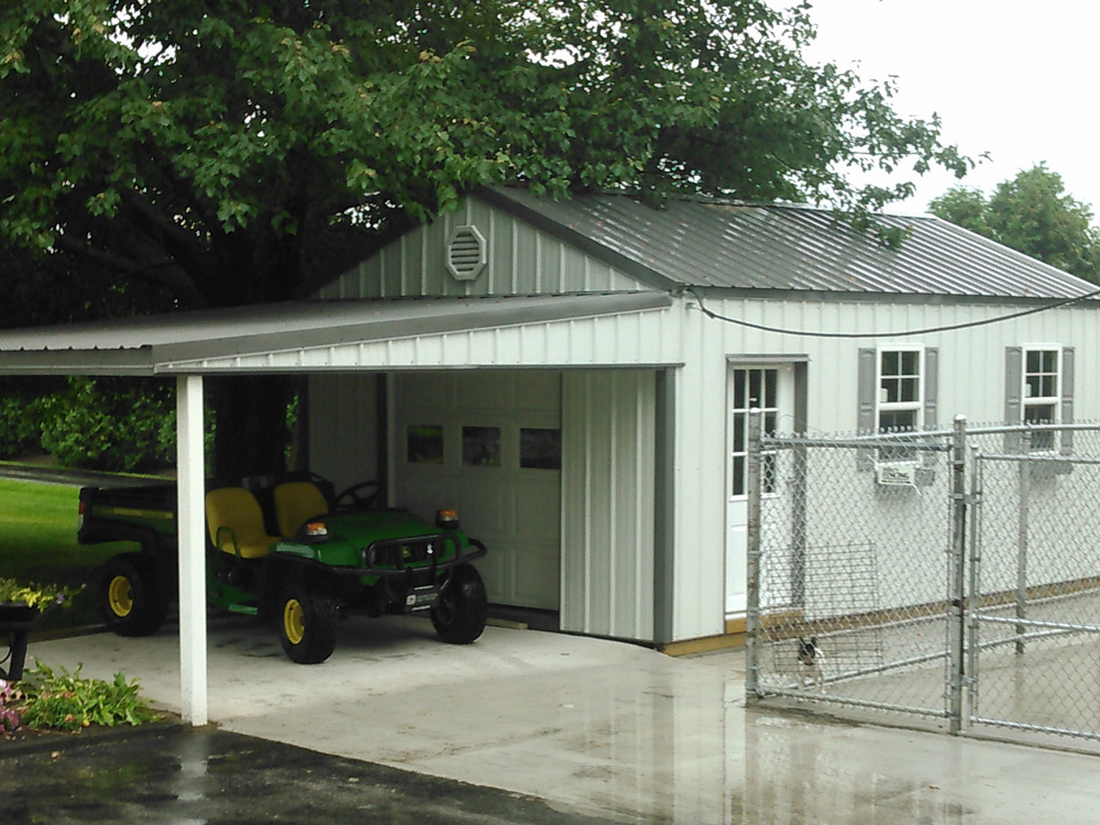 Custom Mini Garage built in Goshen Indiana Martin's Mini Barns