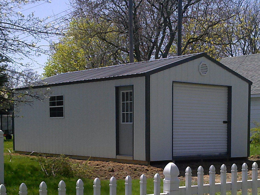 Mini Garage built for customer Goshen Indiana by Martin's Mini Barns